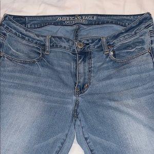 American Eagle Medium Wash Skinny Jeans